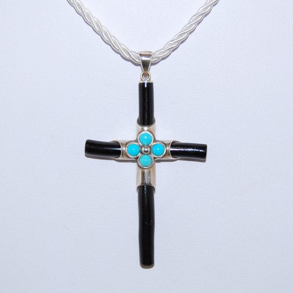 Kreitto jewels crosses